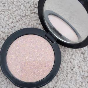Algenist color correcting finishing powder